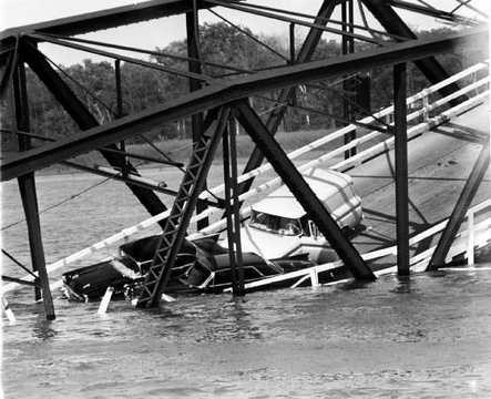 Gi_toll_bridge_1965